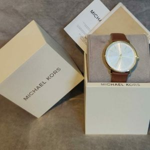 Minimalistically modern, Michael Kors Pyper Analog White Dial Women's Watch - MK